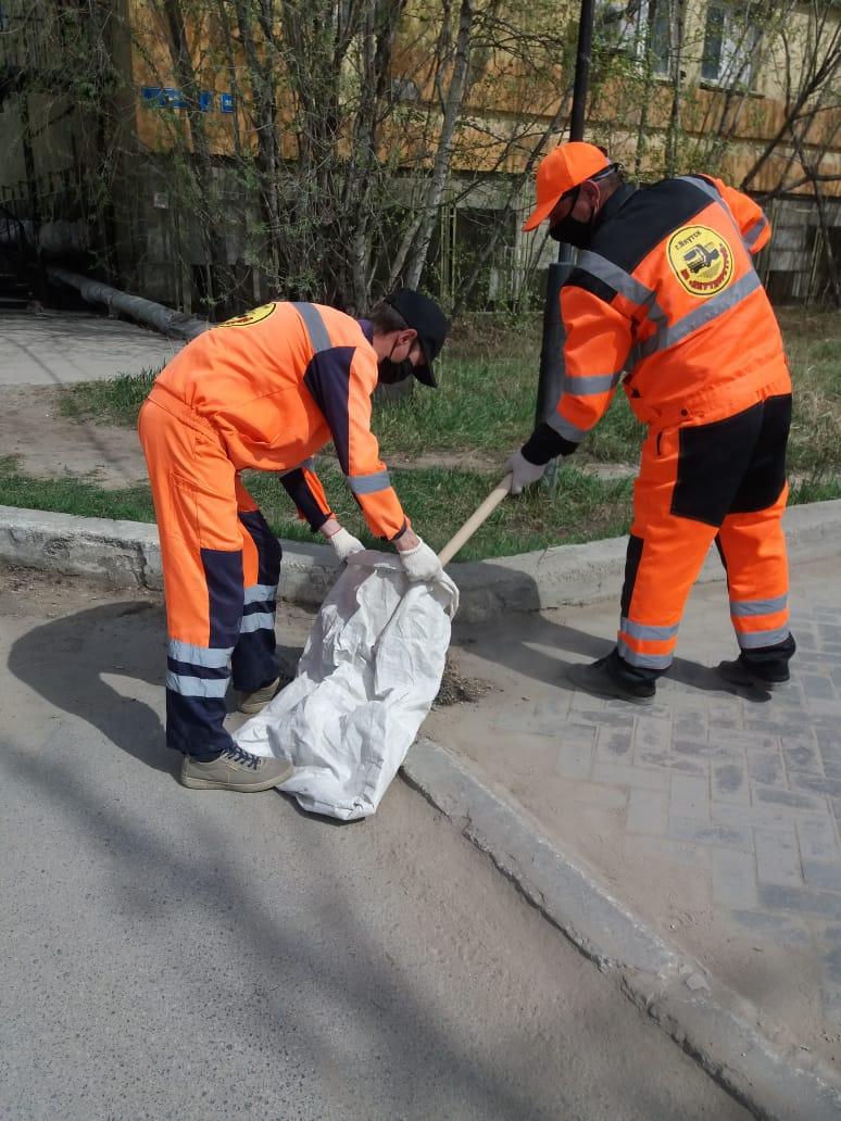 Плановая уборка пыли и ямочный ремонт улиц в Якутске на 25 мая