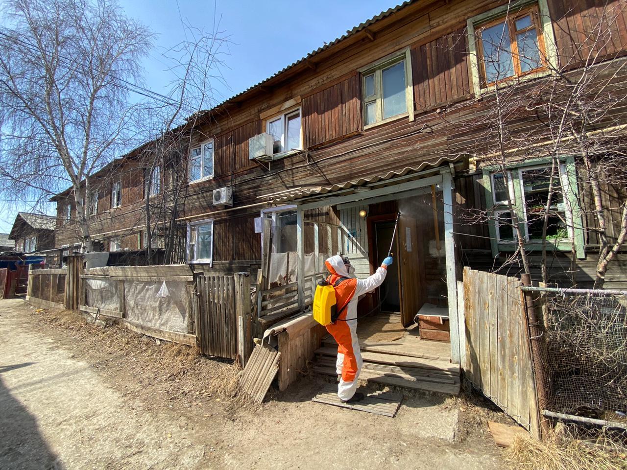 В Сайсарском округе продолжается дезинфекция деревянного жилого фонда