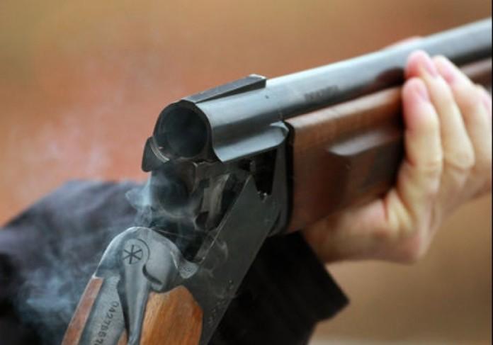 Житель Вилюйского произвел выстрелы в четырех односельчан