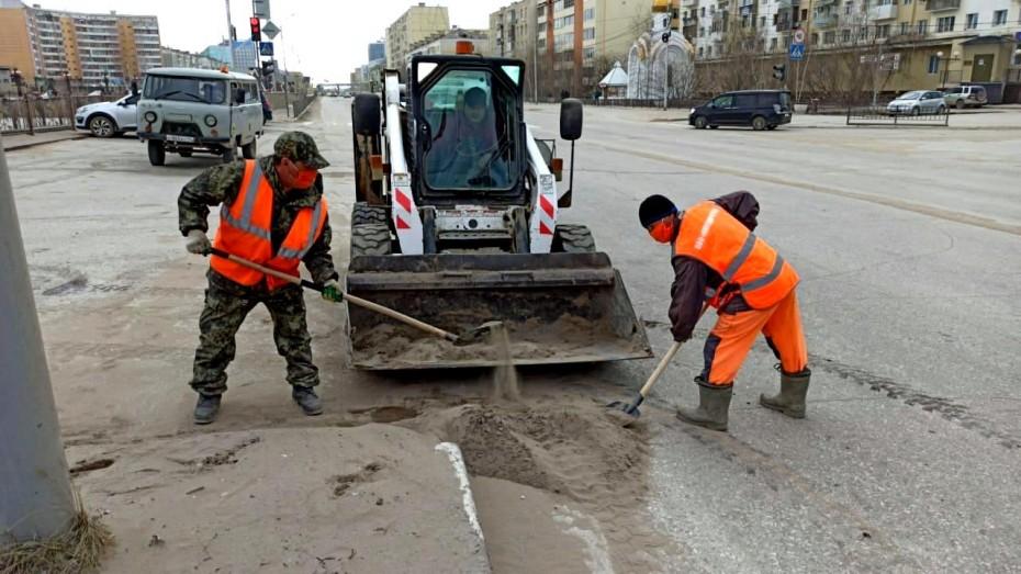 Плановая уборка пыли и ямочный ремонт улиц в Якутске на 15 мая