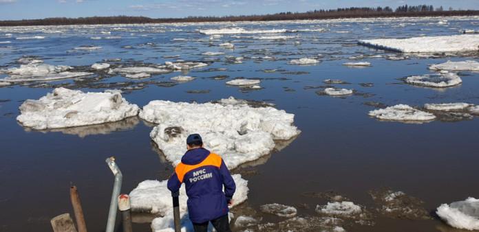Для контроля паводка на реке Колыме готовится к отправке оперативная группа