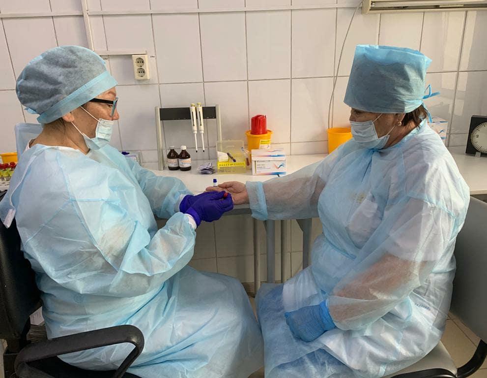 РКБ №3 начала экспресс – тестирование на выявление антител против коронавируса