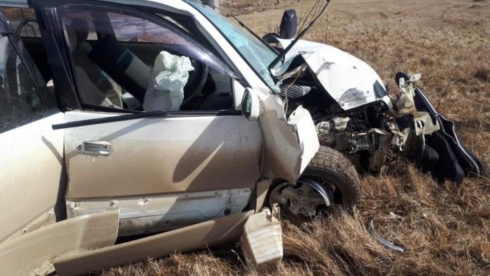 На дороге в поселок Кангалассы в результате ДТП пострадали два человека