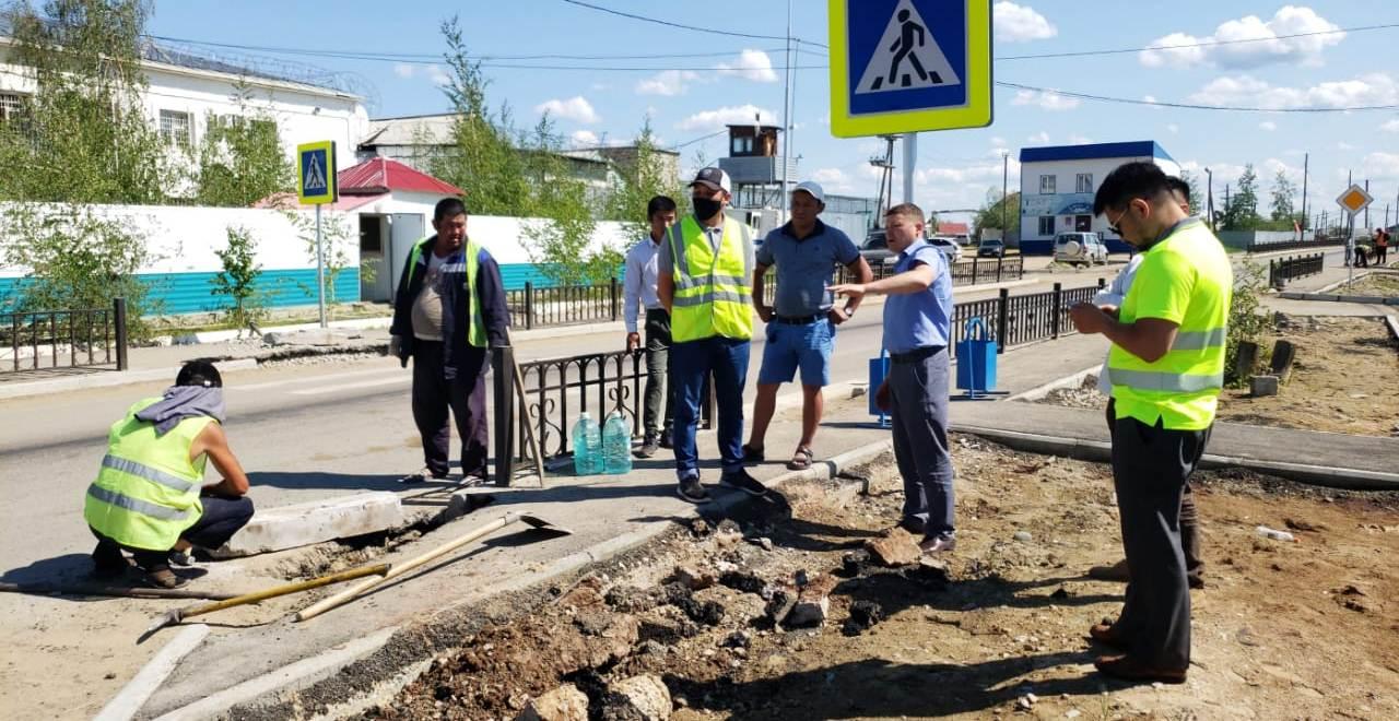 В Якутске проверили гарантийные объекты 2019 года в рамках реализации нацпроекта «Безопасные и качественные автомобильные дороги»