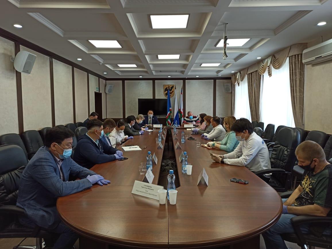 Общественная палата Якутска и Якутская городская Дума подписали соглашение о сотрудничестве