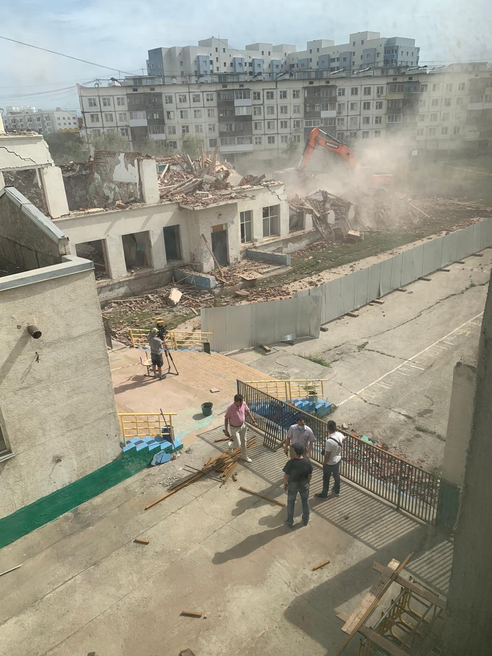 В Якутске сносят старое здание 29-й школы