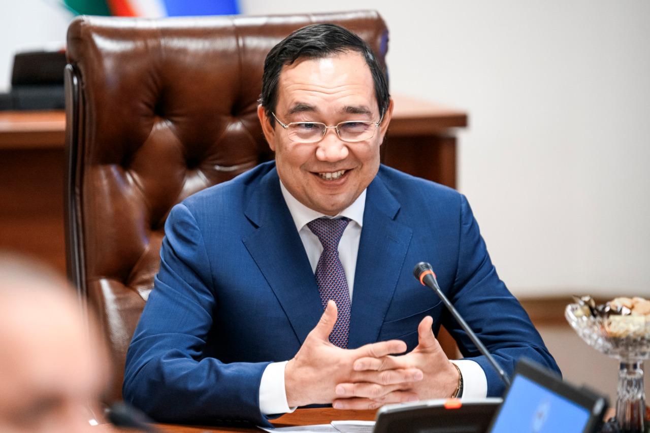 Минтранс указал властям Якутии на непродуктивный «фирменный стиль»