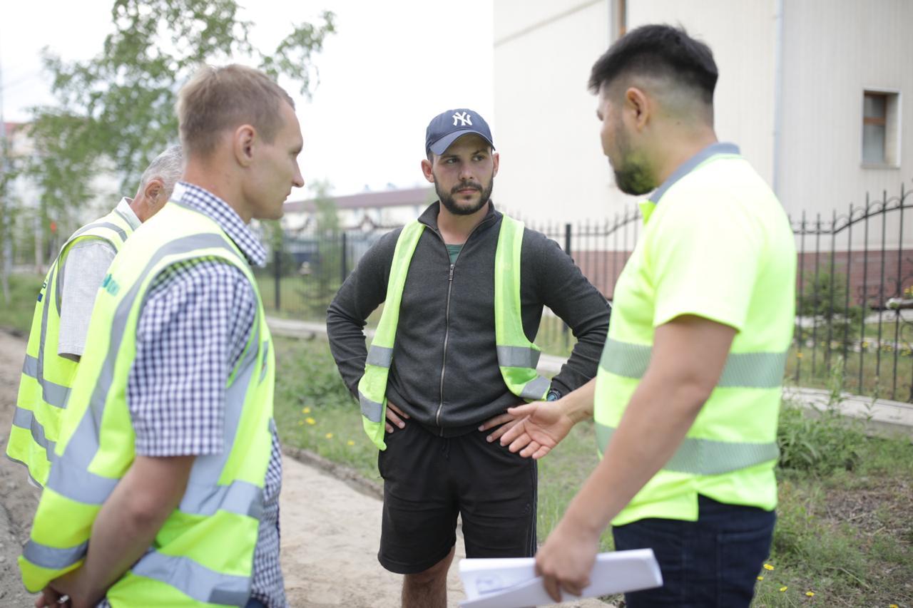 Евгений Григорьев проинспектировал ход дорожно-ремонтных работ на объектах 2020 года