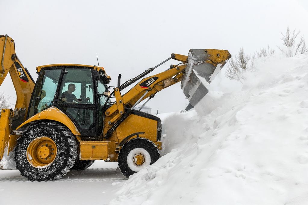 За новогодние праздники с городских улиц вывезено 12 тысяч кубометров снега