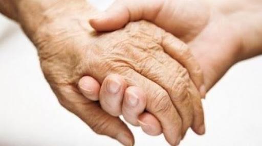В Якутии число пожилых граждан, проживающих в приемных семьях, планируется увеличить