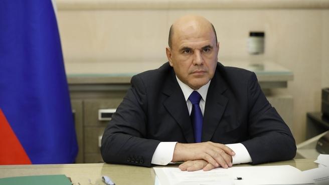 Более 131 млн. рублей будет дополнительно направлено в Якутии на выплаты соцработникам