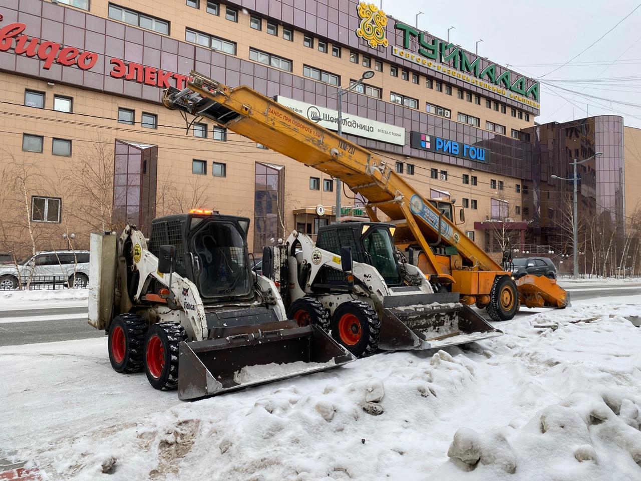 С улиц Якутска вывезено более 60 тысяч кубометров снега