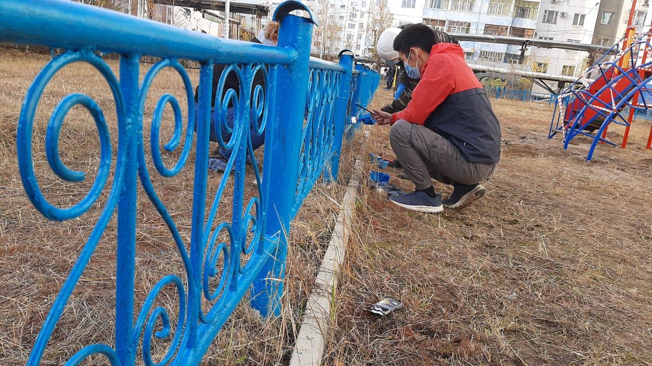 Волонтеры Якутска продолжают помогать нуждающимся