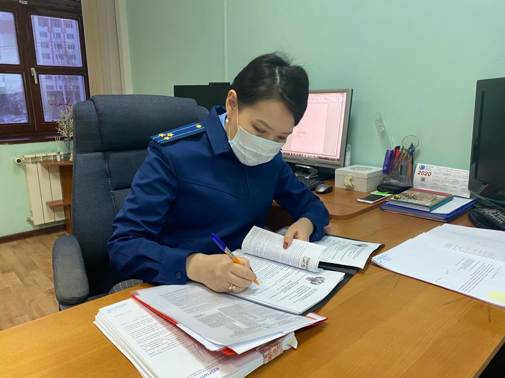 Прокуратура проводит проверку по факту гибели многодетной матери при пожаре в Якутске