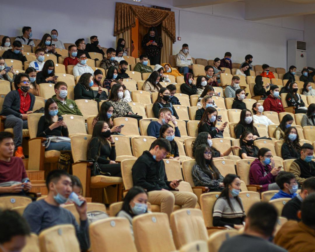 Евгений Григорьев поддержал предложения студентов АГАТУ