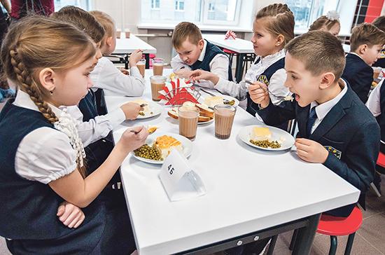 В Роспотребнадзоре дали рекомендации по режиму дня школьников