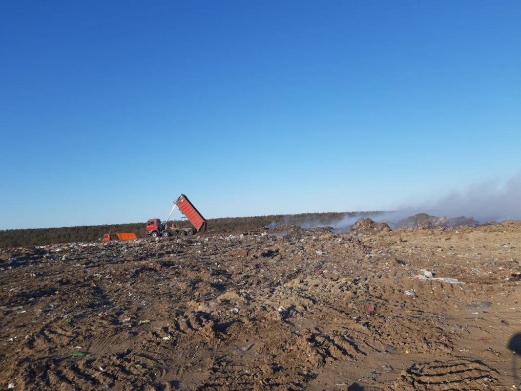Работы на мусорном полигоне продолжаются