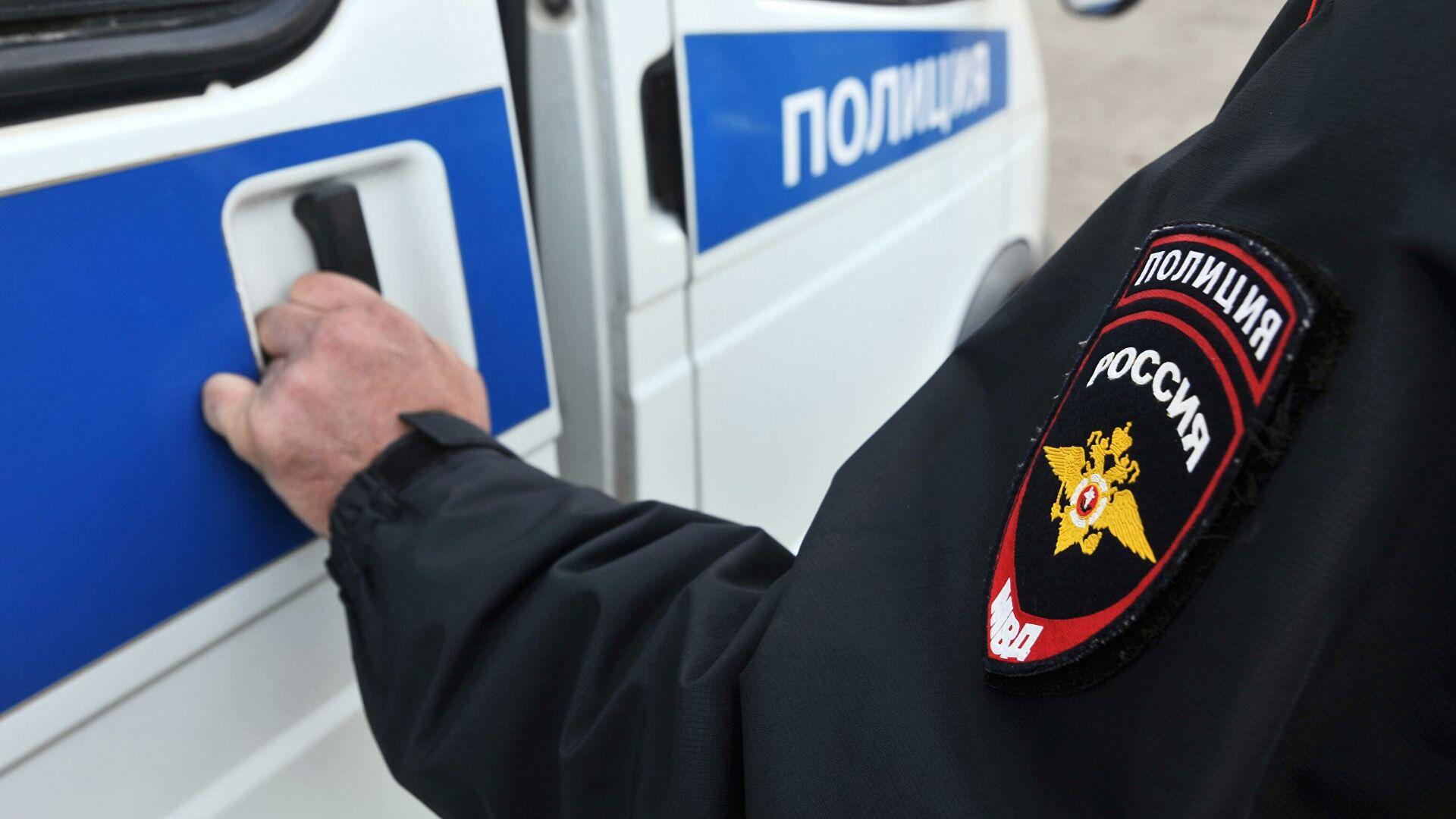 В Якутии за вымогательство задержали сотрудника полиции и его подельников