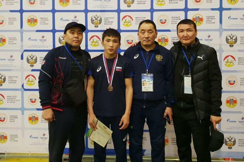Борец из Якутии Лев Павлов вошел в число призеров первенства России