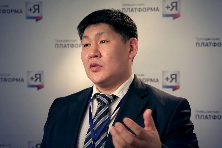 Эрнст Березкин прокомментировал отставку спикера Госсобрания Якутии Петра Гоголева